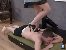 Princess Ami loves to hear cries of pain from the men who place themselves beneath her high heels.